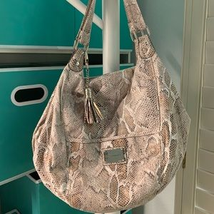 Faux skin handbag-Sofia Vegara- Worn but nice #A20